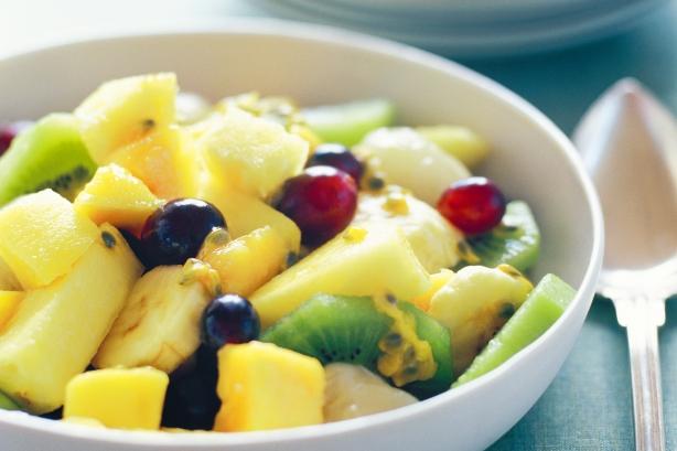 Фото рецепта фруктовый салат с йогуртом