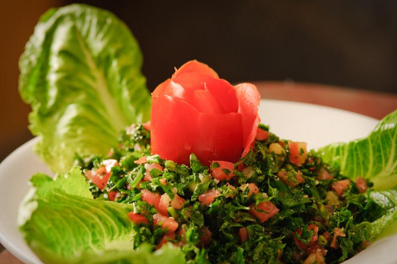 Традиционный салат арабской кухни Табуле