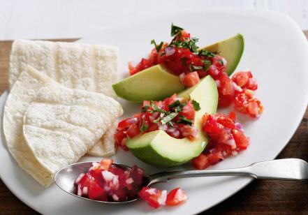 Фото салата с авокадо