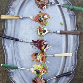 Салат-закуска на вилке