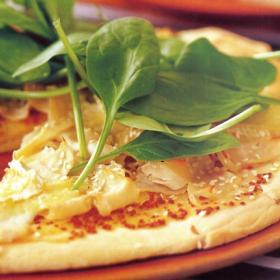 Пицца с сыром Бри и шпинатом