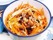 Морковь и яблоко в салатнице