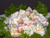 Фото рецепта: салат с курицей и ананасами